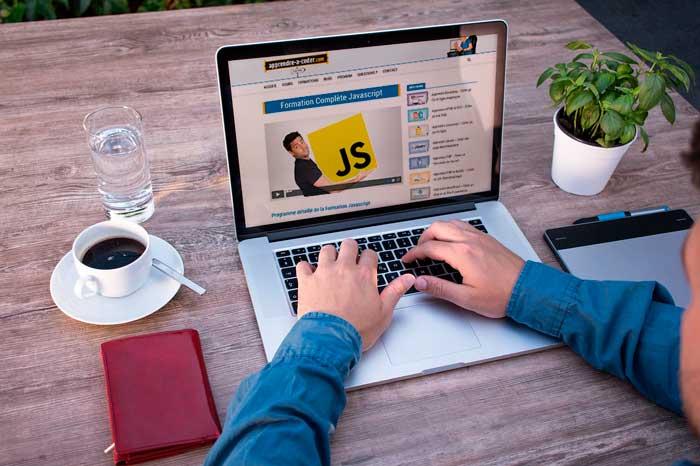 Apprendre à coder avec des formations en ligne